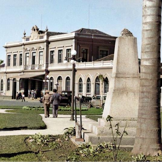 ESTAÇÃO ROXO DE RODRIGUES - APROX. 1933 - FOTOGRAFIA DE NELSON NIGRO SAMWAYS - ACERVO DE NOEL SAMWAYS - COLORIZADA POR JOÃO EDILSON LOPES