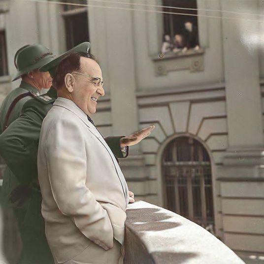 GETÚLIO VARGAS EM PONTA GROSSA 27.01.1944 - ACERVO ARQUIVO NACIONAL - COLORIZADA POR JOÃO EDILSON LOPES