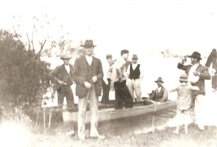 Família Zagobinski e Kubaski - Alberto Zagobinski, Tomas Migauski e José Kalinoski.