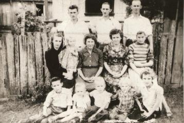 Família Zagobinski e Kubaski Zabeluka - Fazenda Barreiro - Guaraúna.
