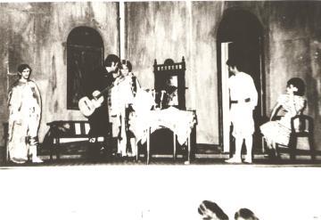 Grupo Universitário - Peça ''O Barbeiro de Sevillha'' 1979.