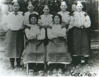 Jovens ucranianas.