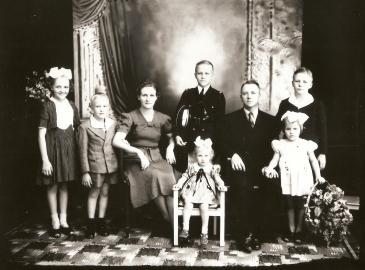 000.160 (Família Hoffmann)