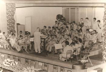 Banda Lyra dos Campos com o Maestro Paulino Martins Alves em 24.12.1958