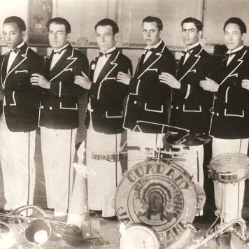Jazz Guarany - Emílio Voigt (de óculos) Um dos proprietários da Padaria Glória