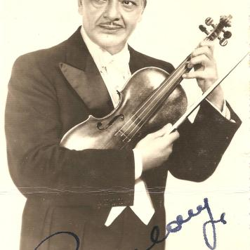 Jorge Baulanger, um dos mais famosos violinistas do mundo. - Foto Golanda.1950.